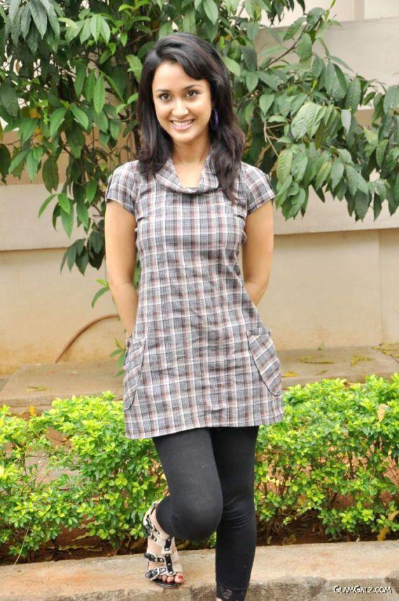 Cute Actress Suma Bhattacharya