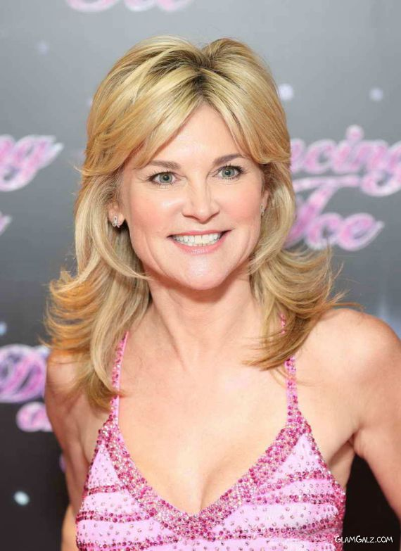 Anthea Turner At Dancing On Ice 2013 Photocall