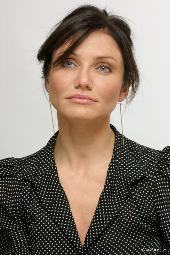 Cameron Diaz Close Up Photoshoot