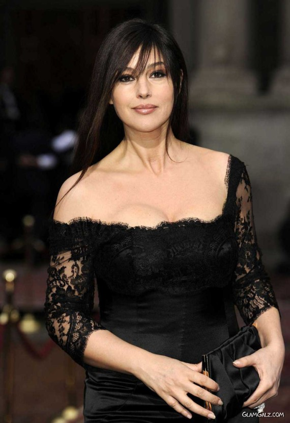 Gorgeous Monica Bellucci Photoshoot