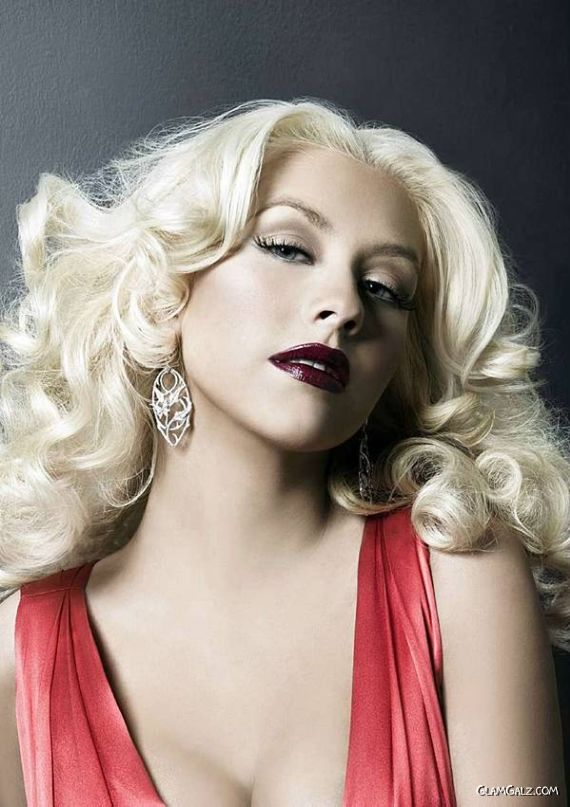Gorgeous Christina Aguilera in Red Gown