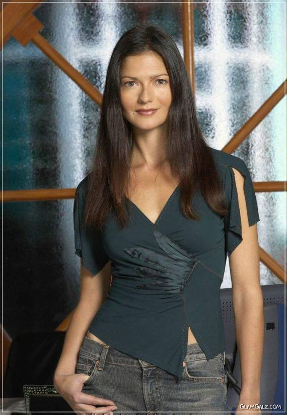 Jill Hennessy Cool Photoshoot - singers