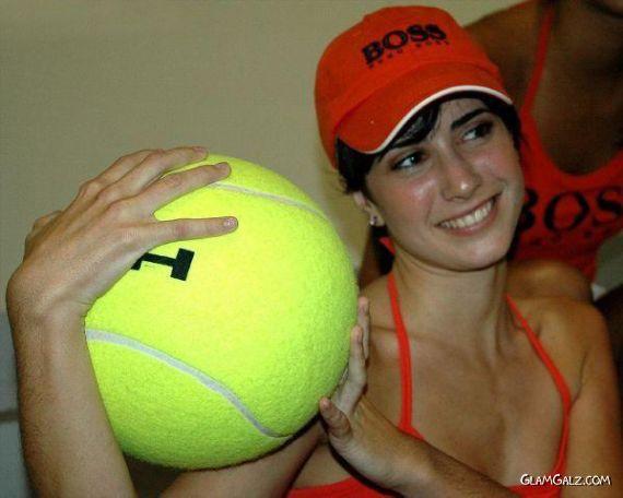 Madrid Ball Galz Photoshots