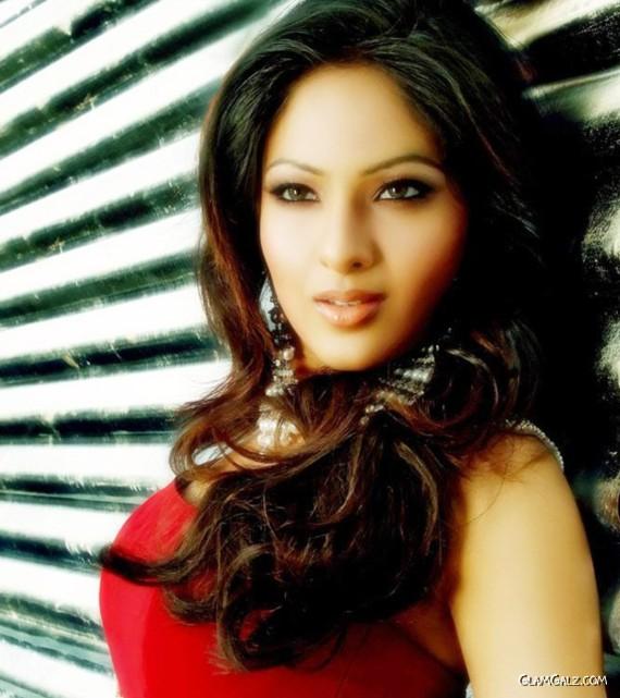 Beautiful Nikesha Patel Photoshoot