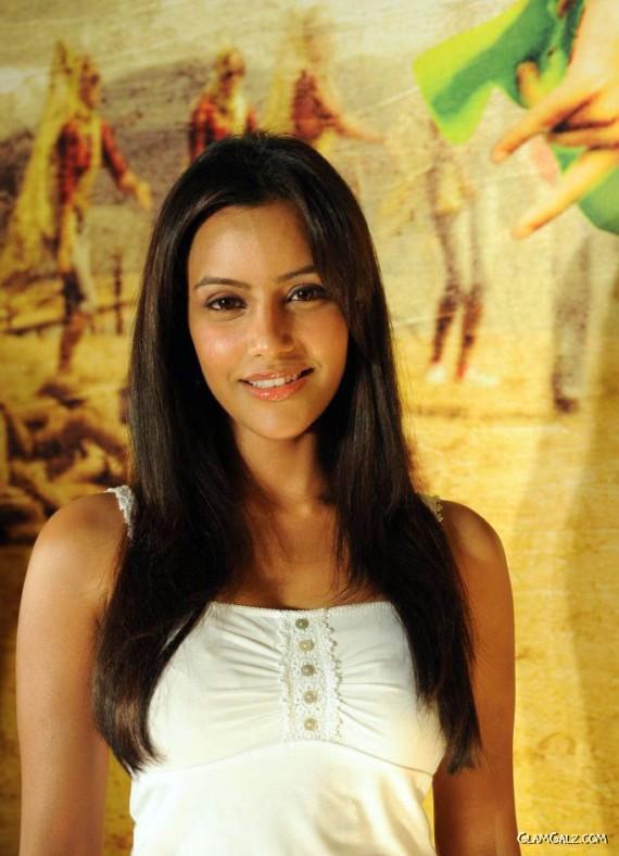 Pretty Priya Anand Photoshoot