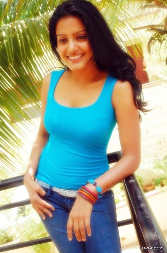 Telugu Actress Vishaka Singh