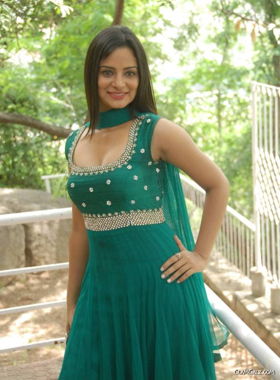 Indian Actress Anusha Reddy