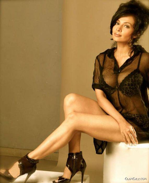 Tollywood Actress Flora Siani