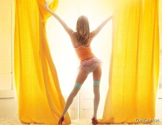 Click to Enlarge - Alessandra Ambrosio Victorias Secret Wallpapers