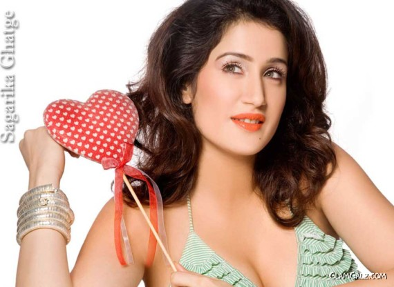 Click to Enlarge - Spicy Sagarika Ghatge Wallpapers