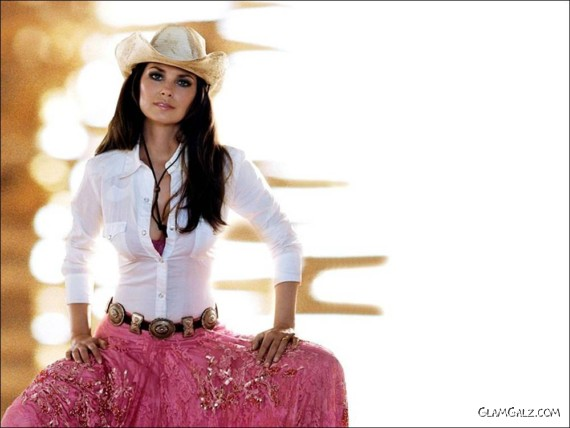 Click to Enlarge - Gorgeous Shania Twain Walls
