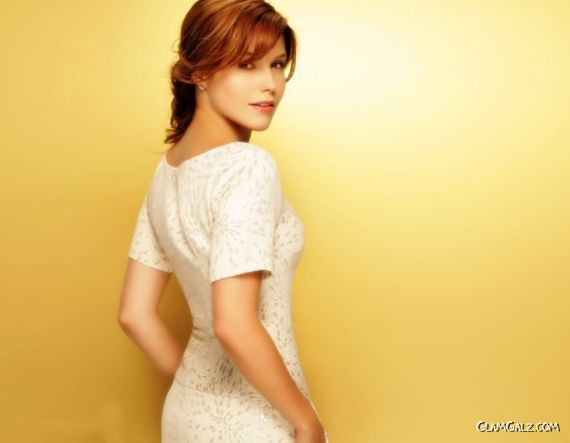 Click to Enlarge - Gorgeous Sophia Bush Wallpapers