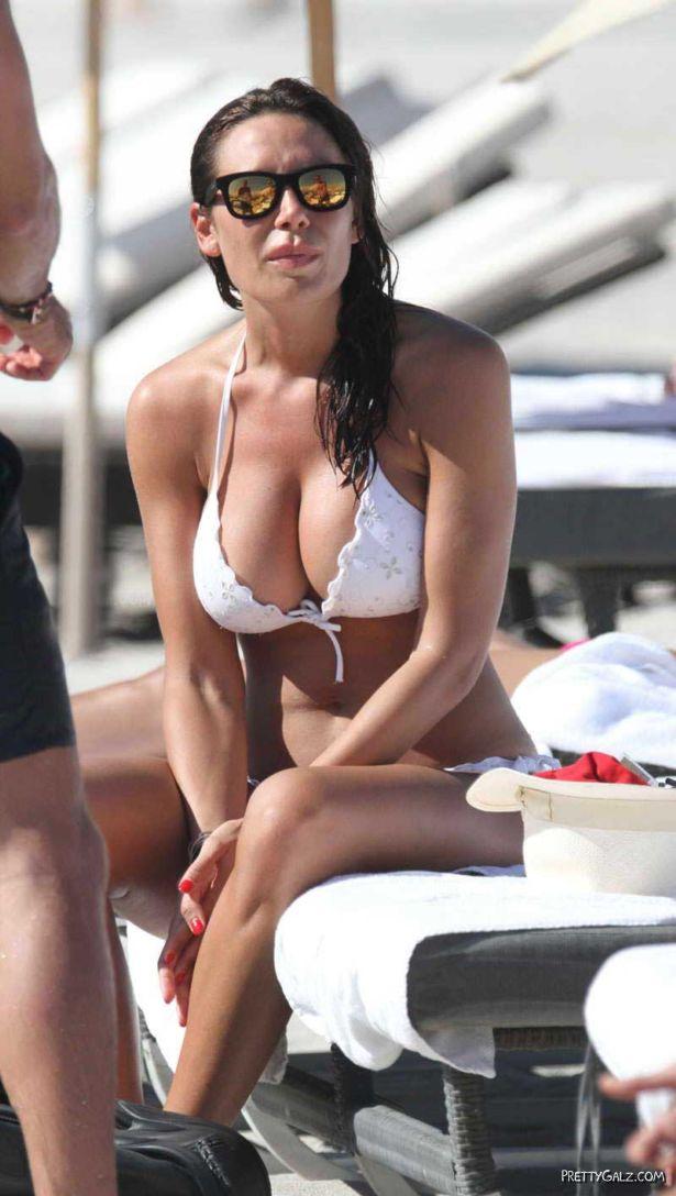 Nicole Minetti On A Bikini Vacation
