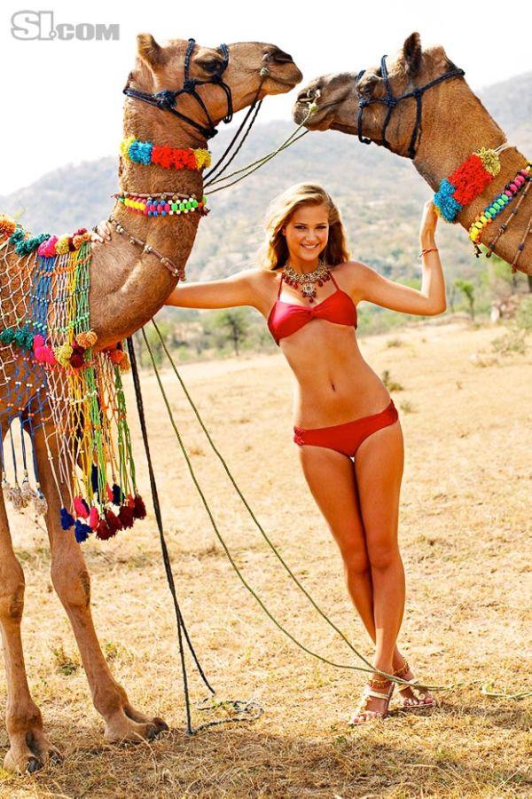 Israeli Beauty Esti Ginzburg on SI