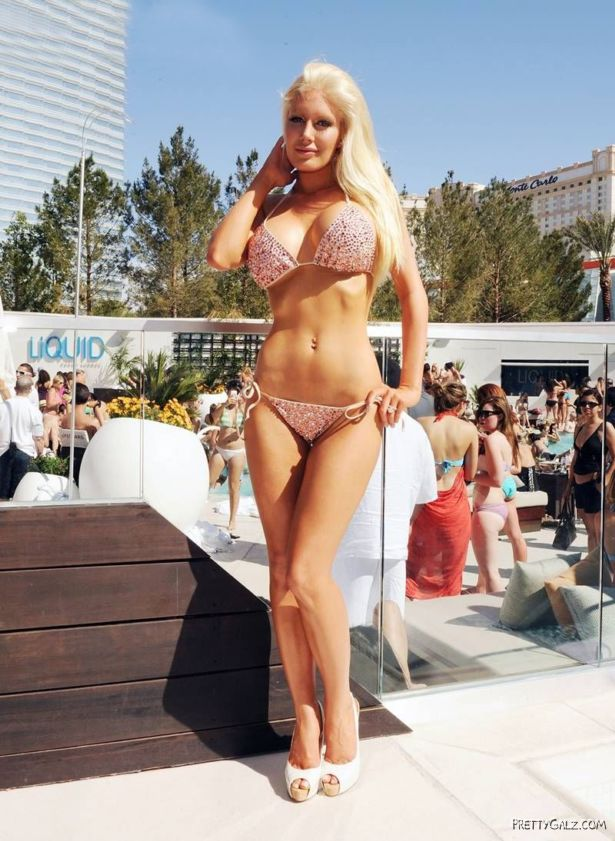 Heidi Montag Loves Bikini