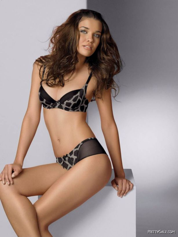 Herika Noronha Lingerie Collection