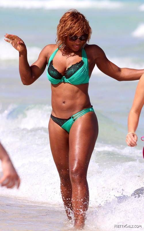 Serena Williams Bikini Shots