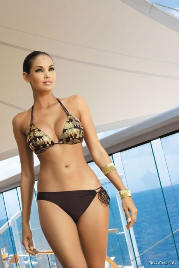 Beautiful Glamour Model Beatrice Chitra