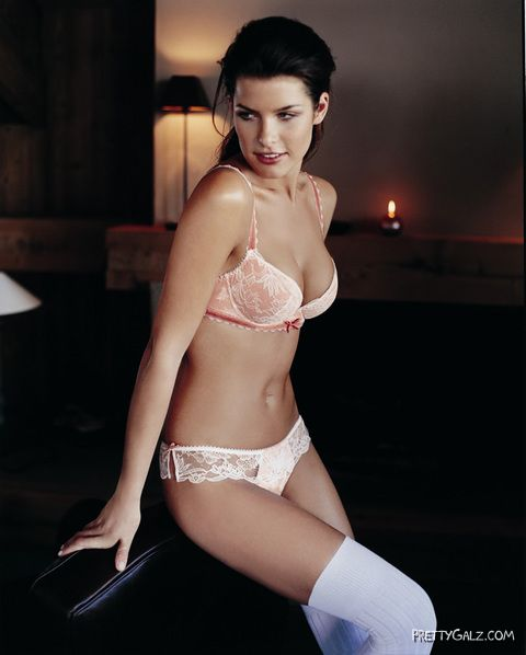 Glamour Model Wendy Dubbeld