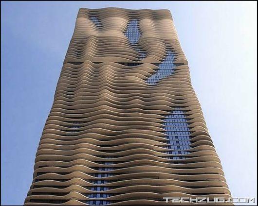 Amazing Aqua Tower in Chicago'